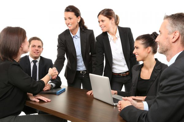 Choosing employee when interviewing